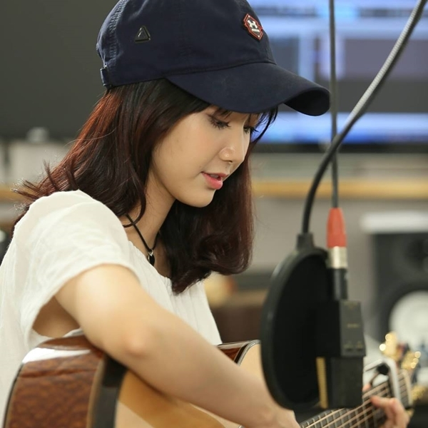 Hiện tại, Jang Mi đang là một trong những cái tên đình đám trên mạng xã hội.