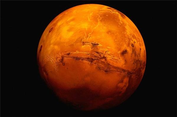 Nơi gần nhất và khả dĩ nhất chính là Sao Hỏa.