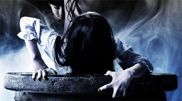 Okiku chính là nguyên bản của Yamamura Sadako -hồn ma phản diện chính trong loạt phim The Ring (Vòng tròn oan nghiệt).