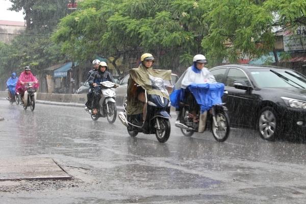 Khu vực Hà Nội có mưa, mưa nhỏ, trời lạnh với nhiệt độ thấp nhất phổ biến 18-20 độ C.