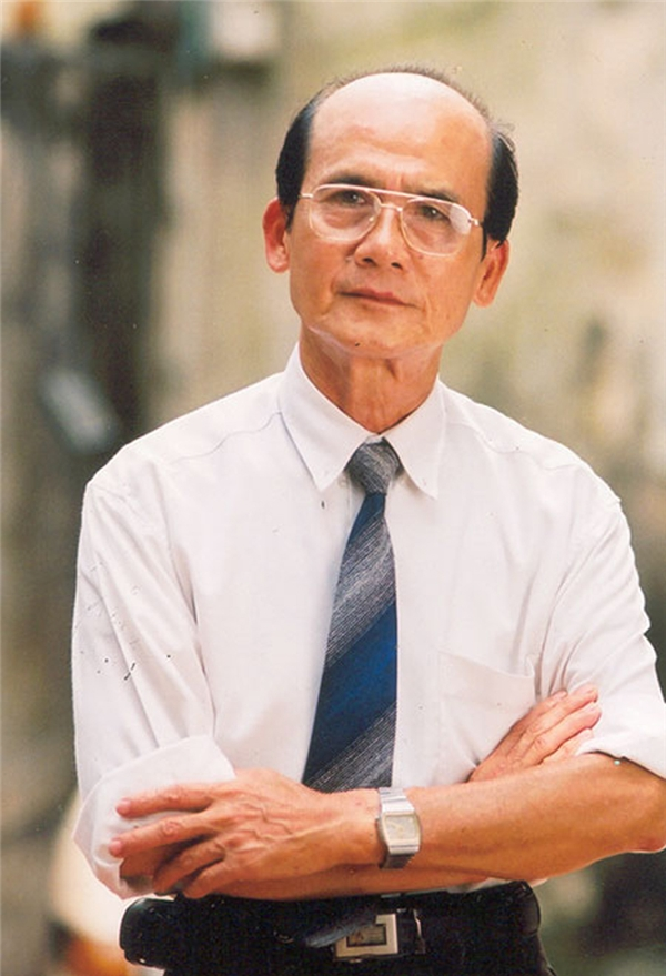 Gắn bó với nghệ thuật nhưng ít ai biết, nghệ sĩ Phạm Bằng từng theo học Cao đẳng Giao thông.