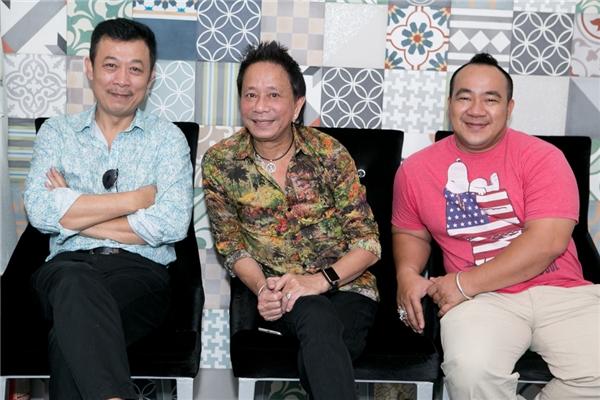 """Được biết, khi hay tin Lâm Hùng chuẩn bị ra mắt sản phẩm mới, Bảo Chung và Phạm Thanh Thảo """"lặn lội"""" về nước ủng hộ nam ca sĩ."""