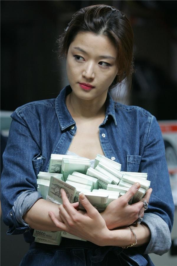 11 điều thú vị về mợ chảnh Jun Ji Hyun mà fan cũng chưa chắc biết