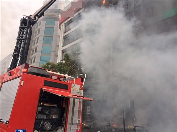 Khởi tố 3 bị can liên quan đến vụ cháy karaoke Trần Thái Tông