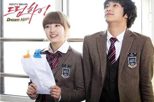 """Loạt """"tình cũ"""" hội tụ trong phim mới của Kim Soo Hyun"""