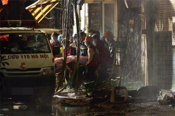 11 nạn nhân tử vong trong đám cháy hơn 5 tiếng đồng hồ ở Hà Nội