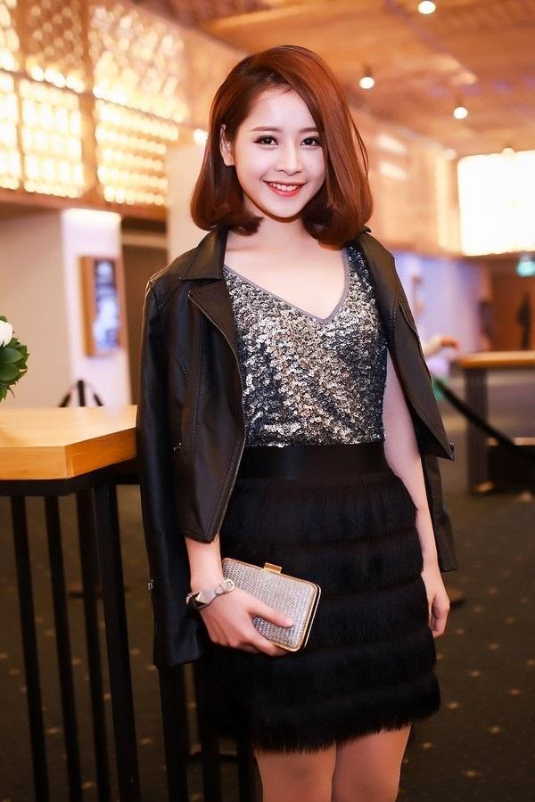 Vốn được mệnh danh là hot girl số 1 Việt Nam và luôn trung thành với phong cách dễ thương nhí nhảnh, thế nhưng, Chi Pu đã có cuộc lột xác ngoạn mục từ năm 2015.