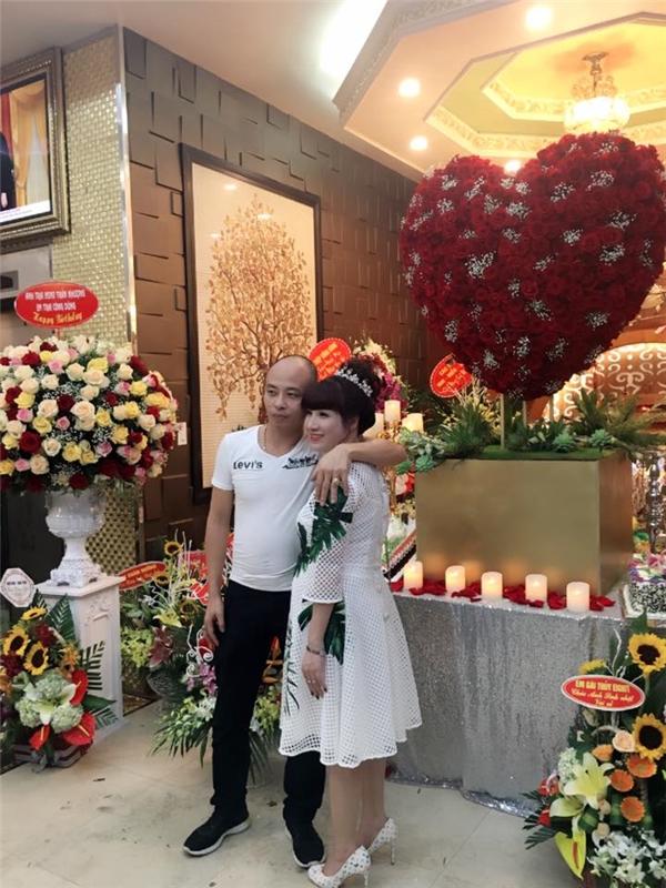 Đại gia Thái Bình tổ chức sinh nhật với hơn 50 nghệ sĩ