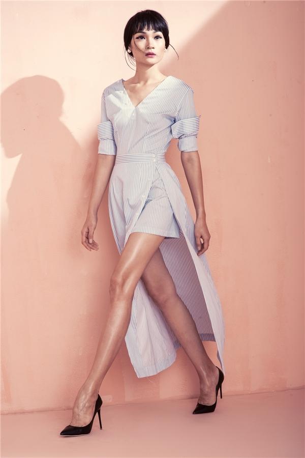 1m15 là chiều dài đôi chân của Next Top Model Thùy Trang. Cô cao 1m79 và gây ấn tượng mạnh với vóc dáng cao ráo, thanh mảnh.