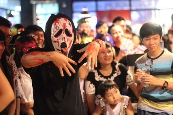 Lễ hội Halloween giờ được rất nhiều bạn trẻ Việt Nam hưởng ứng. (Ảnh: Internet)