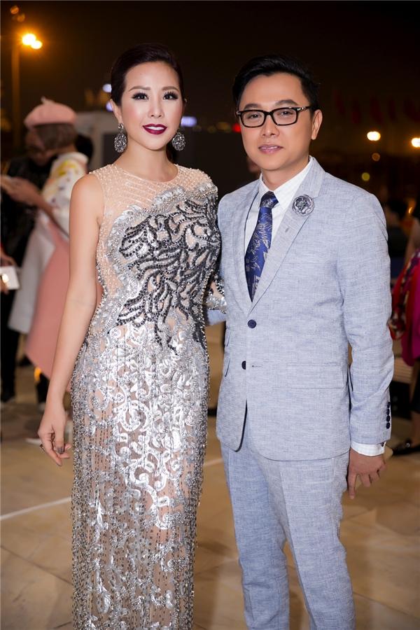 Hoa hậu Thu Hoài và Công Trí tại đêm mở màn của Vietnam International Fashion Week Thu - Đông 2016.
