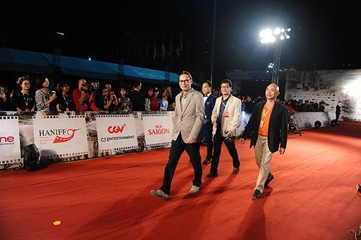 """Các nghệ sĩ """"gạo cội"""" của làng điện ảnh nhưĐạo diễn Trần Lực, diễn viên Đức Khuê...cũng tham dự sự kiện."""