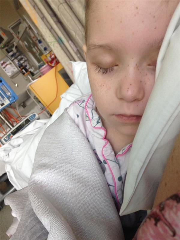 Cô bé sẽ phải tiếp tục hóa trị và xạ trị thêm nhiều lần nữa.