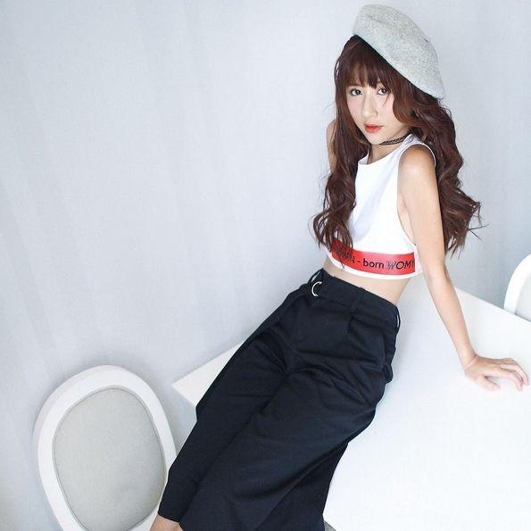 """Cô nàng Quỳnh Anh Shyn cũng cực """"nghiện"""" item đáng yêu này."""