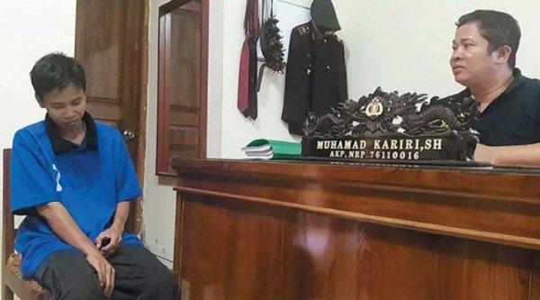 Surwati bị bắt sau khi Heniyati tố cáo vụ lừa đảo với cảnh sát. Surwati đã thừa nhận làm giả giấy tờ xác minh nhân thân. Được biết, tại Indonesia, tội danh này có thể bị phạt tù lên tới 7 năm.