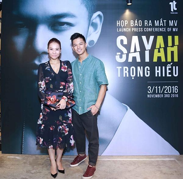 Nữ ca sĩ cho biết cô đánh giá cao tài năng âm nhạc, kĩ thuật đọc rap và khả năng nhảy điêu luyện mà chàng Quán quân Vietnam Idol 2015 đang sở hữu. - Tin sao Viet - Tin tuc sao Viet - Scandal sao Viet - Tin tuc cua Sao - Tin cua Sao