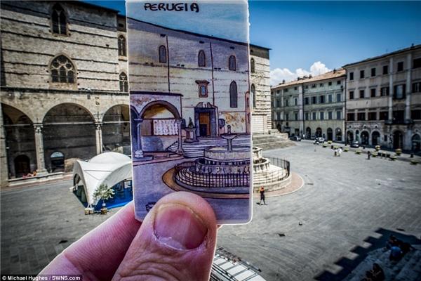 Hình ảnh trên miếng bookmarkđã mô phỏng lại trùng khớp quảng trường mộtthị trấn ởFontana Maggiore,Perugia, nước Ý.