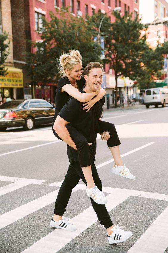Những khoảnh khắc đáng nhớ bạn sẽ trải qua khi yêu ai đó