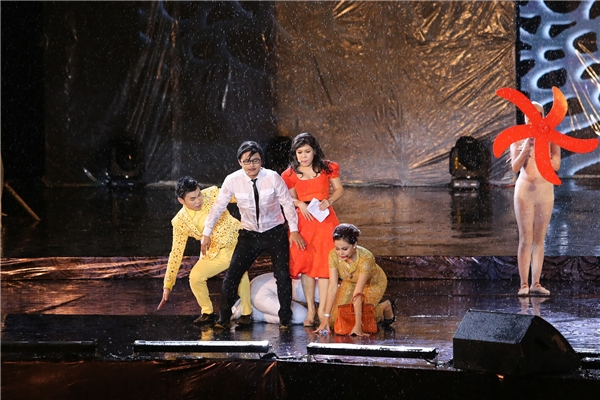 Nữ diễn viên cũng từ chối nhận show trong tháng 10 nhằm dành toàn thời gian tập trung cho Hương Show. - Tin sao Viet - Tin tuc sao Viet - Scandal sao Viet - Tin tuc cua Sao - Tin cua Sao