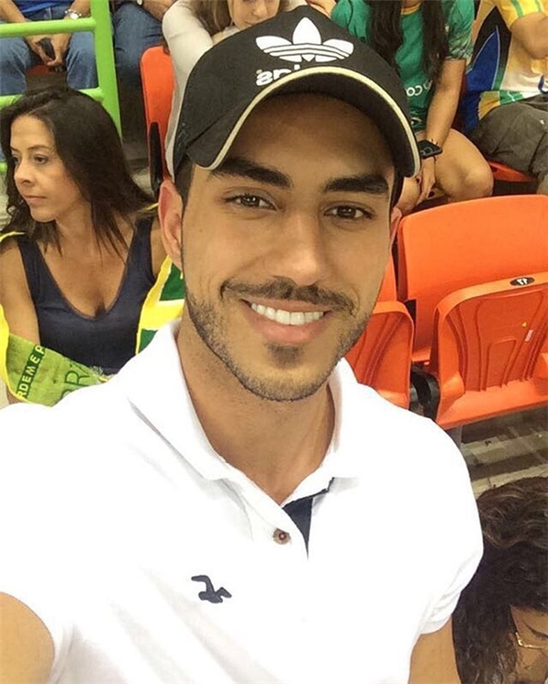 Danilo rất yêu thể thao và các hoạt động giải trí.
