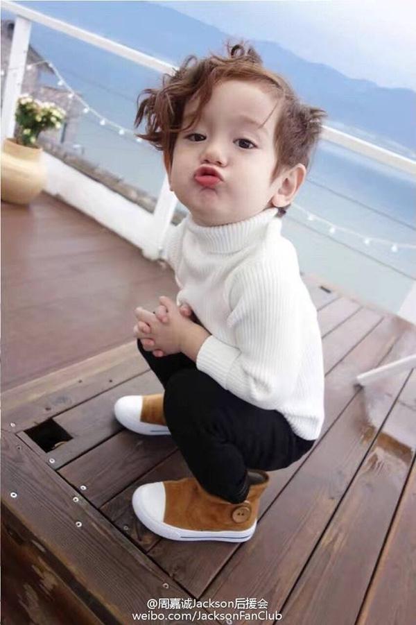 Bạn có thích một cậu nhóc như thế này trong nhà để cưng nựng cho đã?(Ảnh: Internet)