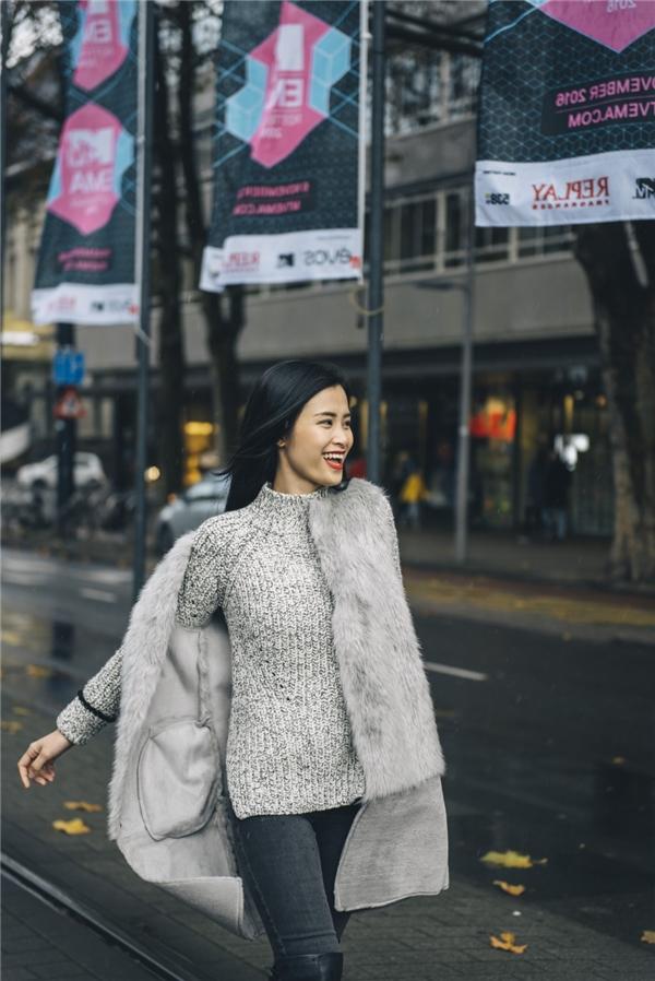 Đông Nhi hạnh phúc khi thắng giải Nghệ sĩ xuất sắc nhất Đông Nam Á - Tin sao Viet - Tin tuc sao Viet - Scandal sao Viet - Tin tuc cua Sao - Tin cua Sao