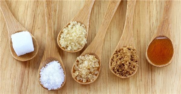 Xương bị ảnh hưởng nghiêm trọng khi ăn quá nhiều đường.