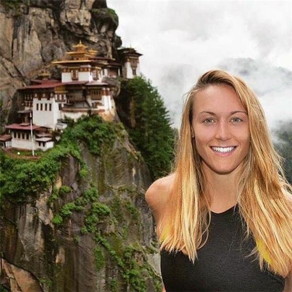 Ngã mũ với nữ thánh phượt đầu tiên đi 196 nước trên thế giới