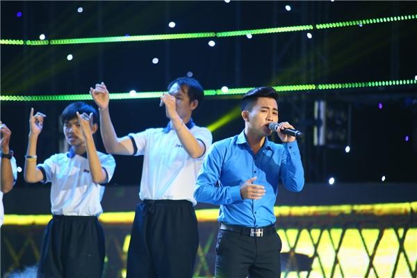 Cẩm Ly, Mr. Đàm nghẹn ngào, xúc động khi nghe nhạc của Minh Thuận - Tin sao Viet - Tin tuc sao Viet - Scandal sao Viet - Tin tuc cua Sao - Tin cua Sao