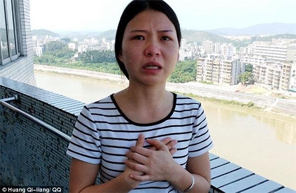 Cô gái 19 tuổi bán thân với giá hơn 1 tỉ đồng để cứu mẹ ung thư