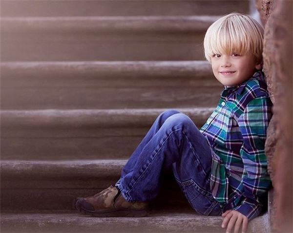 Con trai thứ hai của nhà Donald Jr. là Tristan Trump, sở hữu mái tóc vàng giống ông nội. Ảnh: Instagram.