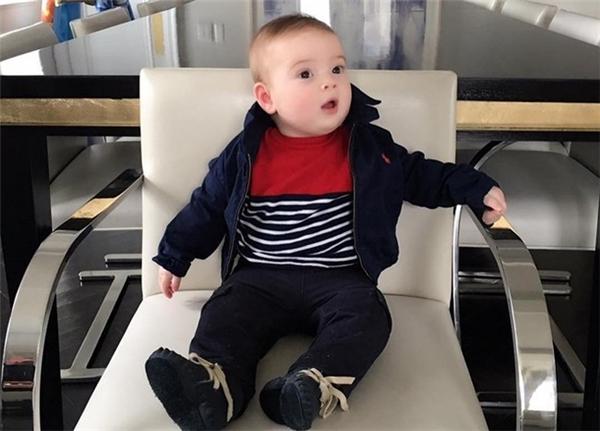 Tháng 3 năm nay, Ivanka mới sinh con trai thứ hai - Theodore Kushner. Cậu bé hiện là cháu nhỏ nhất của người ông tỷ phú Donald Trump. Ảnh: Instagram.