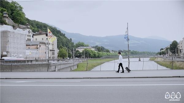 Mr.Siro mạnh tay quay MV tại quê hương của thiên tài âm nhạc Mozart