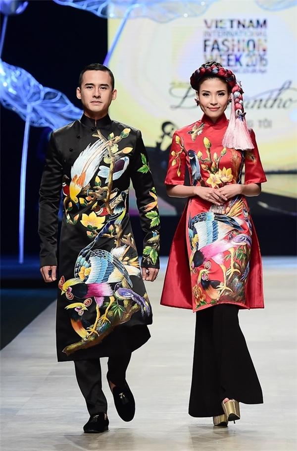 Vợ chồng Thúy Diễm, Lương Thế Thành cũng từng 2 lần thử sức trên sàn diễn với áo dài truyền thống. Đặc biệt tại Tuần lễ Thời trang Quốc tế Việt Nam Xuân - Hè 2016, sự xuất hiện của cặp đôi khiến bầu không khí trở nên sôi động hẳn.