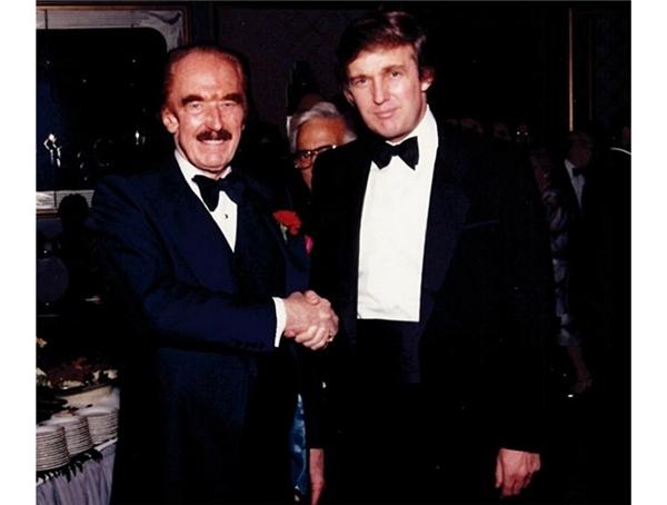 Bức ảnh yêu thích của Tân Tổng thống là một bức ảnh chụp cùng cha ông.