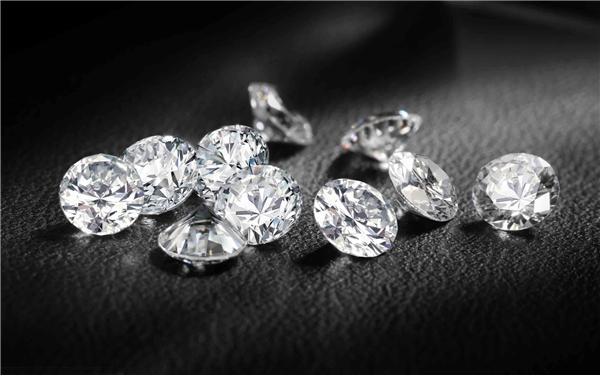 Kim cương mặc dù có giá thành cao nhưng vẫn không phải là vật chất đắt đỏ nhất thế giới.