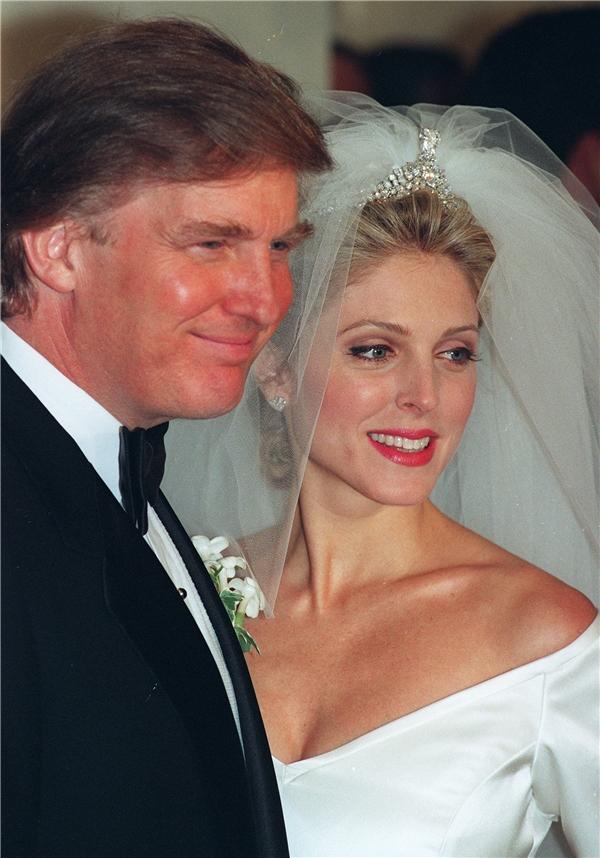 Ông Trump tặng bà Marlachiếc nhẫn kim cương 7,45 carat lúc mới cưới. (Ảnh: Internet)