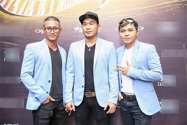 Sau gần 2 năm kể từ MV Anh ngoan rồi vợ ơi, mới đây, MTV Band chính thức tái xất với sản phẩm âm nhạc mới toanh mang tên Đừng nhìn bề ngoài. Bên cạnh đó, việc nhận lời tham gia Sing My Song cũng khiến không ít người cảm thấy bất ngờ và phấn khích. - Tin sao Viet - Tin tuc sao Viet - Scandal sao Viet - Tin tuc cua Sao - Tin cua Sao