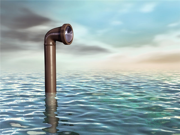 Kính ngắm và đèn trong tàu ngầm: Không có nhiều thông tin về người phát minh ra 2 món đồ này, chỉ biết bà tên là Sarah Mather, được cấp bằng sáng chế vào năm 1845.