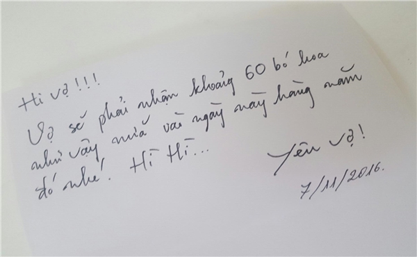 Lời nhắn đáng yêu cùng món quà bất ngờ của Văn Anh khiến Tú Vi vô cùng hạnh phúc. - Tin sao Viet - Tin tuc sao Viet - Scandal sao Viet - Tin tuc cua Sao - Tin cua Sao