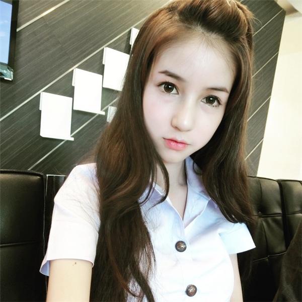 Bí mật của cô nàng hot girl Thái Lan khiến hàng nghìn người té ngửa