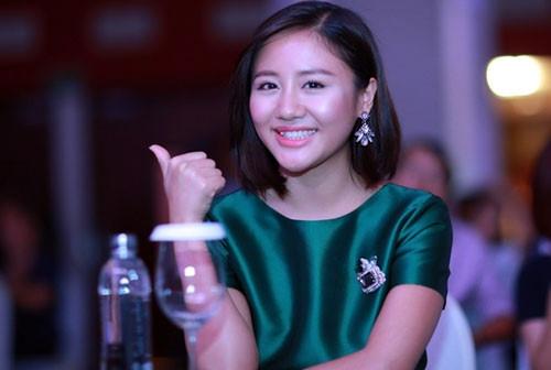 Những đôi môi phồng, xẹp thất thường của mỹ nhân Việt