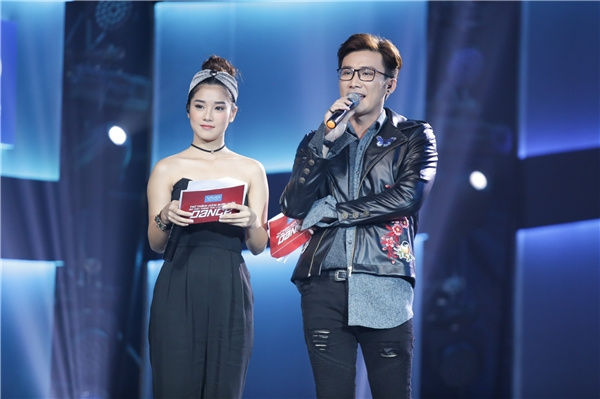 Ca sĩ Chí Thiện và Hoàng Yến Chibi đảm nhận vai trò MC cuộc thi. - Tin sao Viet - Tin tuc sao Viet - Scandal sao Viet - Tin tuc cua Sao - Tin cua Sao