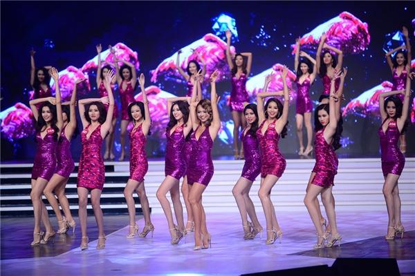 Những hình ảnh ấn tượng của Hoa hậu Hoàn vũ Việt Nam 2015.