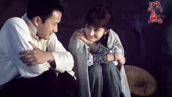 Những cặp đôi phim giả tình thật yêu từ màn ảnh ra ngoài đời
