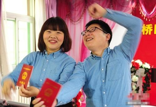 Giới trẻ Trung Quốcđổ xô đăng ký kết hôn trong ngày độc thân.
