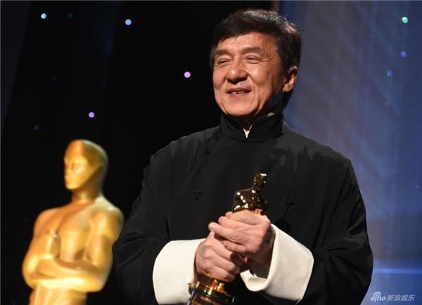 Ngôi sao võ thuật cho biết mình đã từng thấy tượng vàng Oscar tại nhà củaSylvester Stallone và rất ao ước được sở hữu nó.