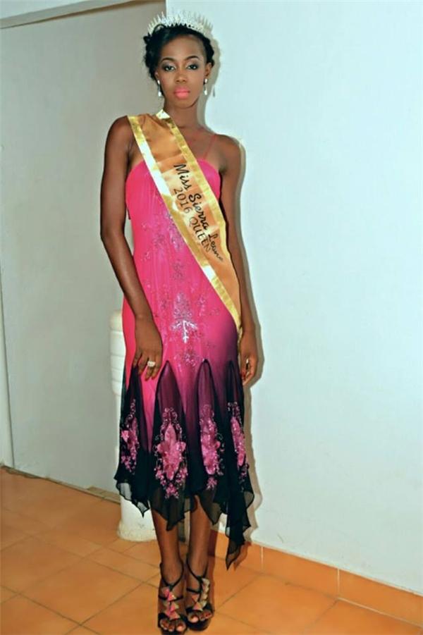 Sierra Leone: Aminata Adialin BANGURA, 1m80, 22 tuổi, sinh viên