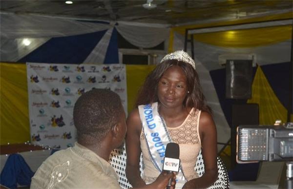 South Sudan: Akuany AYUEN JONGKUCH, 1m80, 22 tuổi, sinh viên