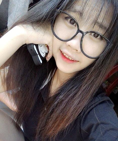 Với ngoại hình ưa nhìn VănKiều Thiên Ngân17 tuổi được xem là một hot girl tại Đà Lạt.